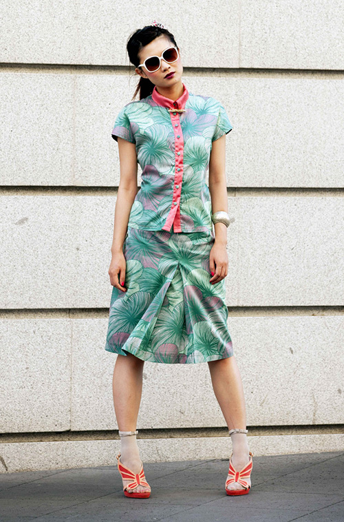 Colorful leaves skirt and shirt